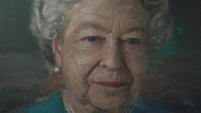 В Лондоне представили новый портрет Елизаветы II работы художника из Северной Ирландии