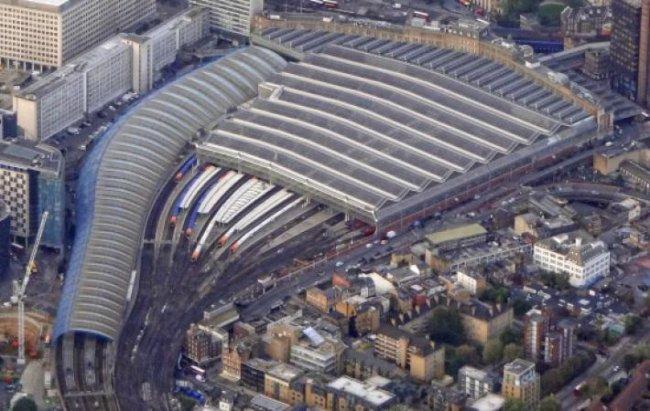В Великобритании назвали самые загруженные железнодорожные вокзалы