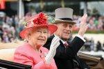 Елизавета II и герцог Эдинбургский: к 70-летнему юбилею кондитеры воссоздали свадебный торт пары