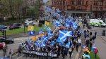 В Глазго тысячи людей вышли на марш за независимость Шотландии